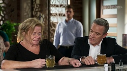 Sheila Canning, Kyle Canning, Paul Robinson in Neighbours Episode 8331