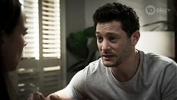 Bea Nilsson, Finn Kelly in Neighbours Episode 8331