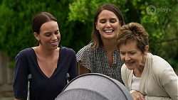 Bea Nilsson, Elly Conway, Susan Kennedy in Neighbours Episode 8331