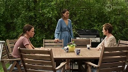 Bea Nilsson, Elly Conway, Susan Kennedy in Neighbours Episode 8333