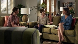 Bea Nilsson, Susan Kennedy, Elly Conway in Neighbours Episode 8333