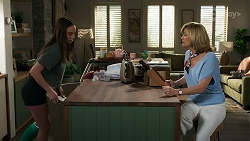 Bea Nilsson, Claudia Watkins in Neighbours Episode 8334