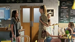 Bea Nilsson, Chloe Brennan in Neighbours Episode 8335