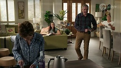 Susan Kennedy, Bea Nilsson, Karl Kennedy, Elly Conway in Neighbours Episode 8339
