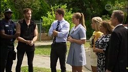 Mannix Foster, Hendrix Greyson, Harlow Robinson, Roxy Willis, Terese Willis, Paul Robinson in Neighbours Episode 8342