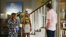 Terese Willis, Roxy Willis, Shane Rebecchi in Neighbours Episode 8342