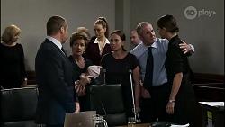 Claudia Watkins, Toadie Rebecchi, Susan Kennedy, Aster Conway, Chloe Brennan, Bea Nilsson, Karl Kennedy, Elly Conway in Neighbours Episode 8345