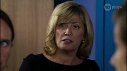 Bea Nilsson, Claudia Watkins, Susan Kennedy in Neighbours Episode 8345