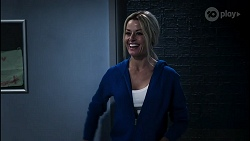 Andrea Somers in Neighbours Episode 8346