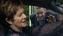 Susan Kennedy, Paul Robinson in Neighbours Episode 8346