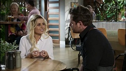 Dee Bliss, Shane Rebecchi in Neighbours Episode 8351