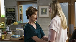 Susan Kennedy, Mackenzie Hargreaves in Neighbours Episode 8351