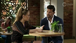 Chloe Brennan, Pierce Greyson in Neighbours Episode 8353