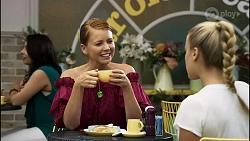 Jessica Quince, Roxy Willis in Neighbours Episode 8355