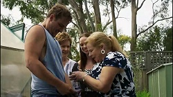 Kyle Canning, Susan Kennedy, Gary the Pigeon, Bea Nilsson, Sheila Canning in Neighbours Episode 8356