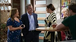 Terese Willis, Paul Robinson, Naomi Canning, Sheila Canning, Kyle Canning in Neighbours Episode 8358