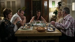 Susan Kennedy, Toadie Rebecchi, Bea Nilsson, Dee Bliss, Karl Kennedy in Neighbours Episode 8358