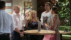 Clive Gibbons, Sheila Canning, Kyle Canning, Naomi Canning in Neighbours Episode 8362