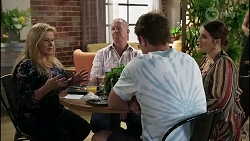 Sheila Canning, Clive Gibbons, Kyle Canning, Naomi Canning in Neighbours Episode 8362