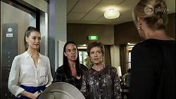 Chloe Brennan, Bea Nilsson, Susan Kennedy, Claudia Watkins in Neighbours Episode 8363
