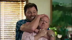 Shane Rebecchi, Clive Gibbons in Neighbours Episode 8367
