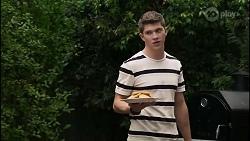 in Neighbours Episode 8369