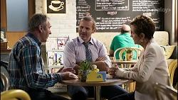 Karl Kennedy, Toadie Rebecchi, Susan Kennedy in Neighbours Episode 8371