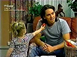 Louise Carpenter (Lolly), Darren Stark in Neighbours Episode 2806