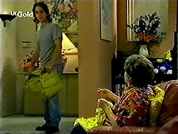Darren Stark, Marlene Kratz in Neighbours Episode 2807