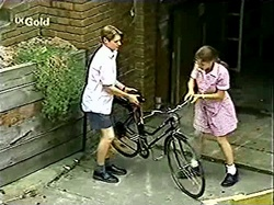 Lance Wilkinson, Hannah Martin in Neighbours Episode 2809