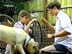 Hannah Martin, Lance Wilkinson, Bonnie in Neighbours Episode 2810