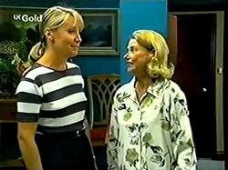 Ruth Wilkinson, Helen Daniels in Neighbours Episode 2810