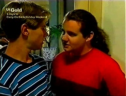Lance Wilkinson, Toadie Rebecchi in Neighbours Episode 2812