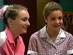 Debbie Martin, Hannah Martin in Neighbours Episode 2815