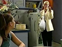 Sarah Beaumont, Lisa Elliot in Neighbours Episode 2815
