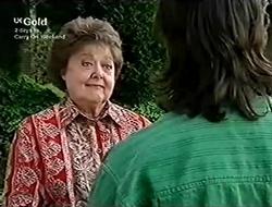 Marlene Kratz, Darren Stark in Neighbours Episode 2815