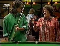 Darren Stark, Marlene Kratz in Neighbours Episode 2815