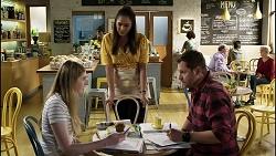 Mackenzie Hargreaves, Dipi Rebecchi, Shane Rebecchi in Neighbours Episode 8374