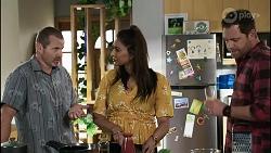 Toadie Rebecchi, Dipi Rebecchi, Shane Rebecchi in Neighbours Episode 8375
