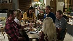 Shane Rebecchi, Mackenzie Hargreaves, Dipi Rebecchi, Dee Bliss, Grant Hargreaves, Toadie Rebecchi in Neighbours Episode 8375