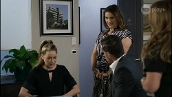Chloe Brennan, Pierce Greyson, Naomi Canning, Terese Willis in Neighbours Episode 8375