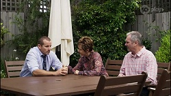 Toadie Rebecchi, Susan Kennedy, Karl Kennedy in Neighbours Episode 8376