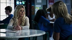 Dee Bliss, Heather Schilling in Neighbours Episode 8376