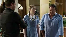 Shane Rebecchi, Mackenzie Hargreaves, Grant Hargreaves in Neighbours Episode 8377