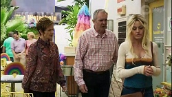 Susan Kennedy, Karl Kennedy, Dee Bliss in Neighbours Episode 8377
