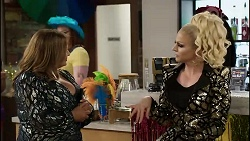 Terese Willis, Courtney Act in Neighbours Episode 8379