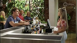 Kyle Canning, Sheila Canning, Roxy Willis in Neighbours Episode 8380
