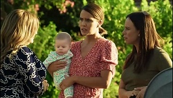 Terese Willis, Aster Conway, Elly Conway, Bea Nilsson in Neighbours Episode 8383
