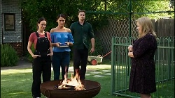 Bea Nilsson, Elly Conway, Kyle Canning, Sheila Canning in Neighbours Episode 8385