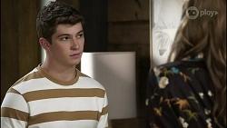 Hendrix Greyson, Chloe Brennan in Neighbours Episode 8389